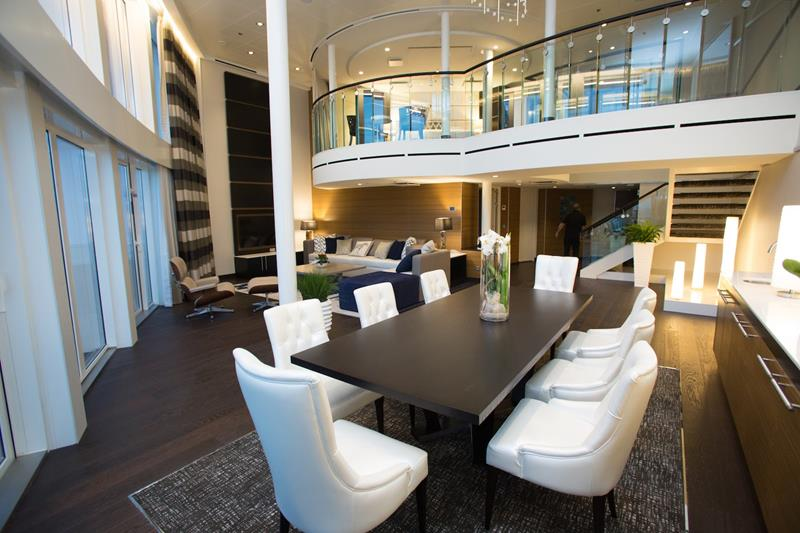 The 10 Best Luxury Cruise Ship Staterooms-7a
