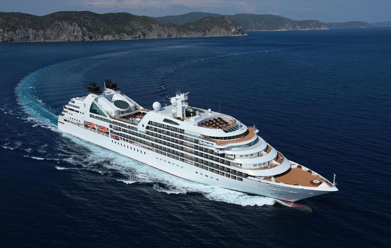 The 10 Best Luxury Cruise Ships-4a