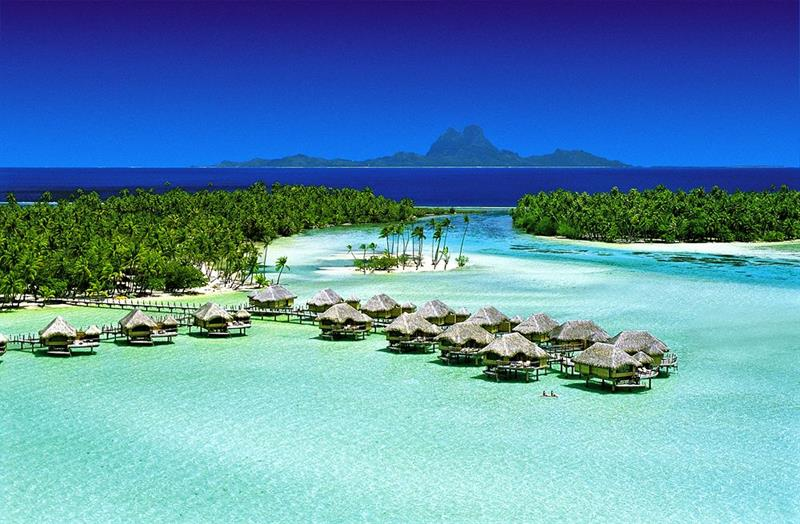 The 10 Best Overwater Bungalows In The World-1