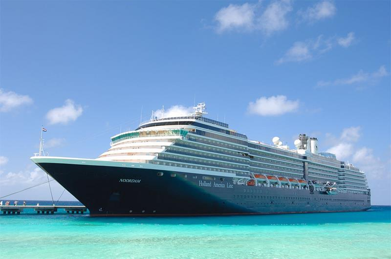 The 5 Best Cruise Lines For Families-2a