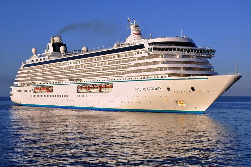 21 Stunning Pictures of the Ultra Luxury Crystal Serenity Cruise Ship-title