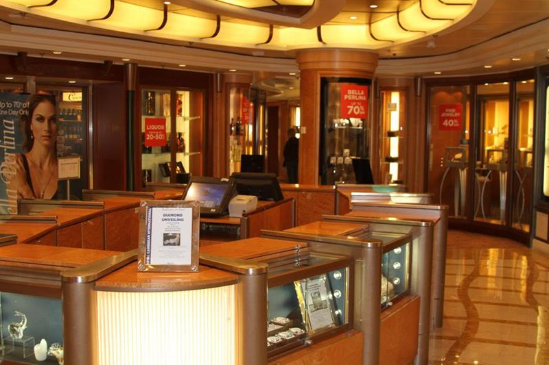 22 Pictures of Seabourns Most Luxurious Cruise Ship-14