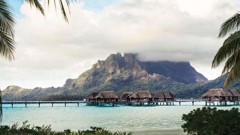 22 Pictures of the Best Overwater Bungalows Resort in Bora Bora-1