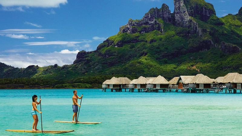 22 Pictures of the Best Overwater Bungalows Resort in Bora Bora-10