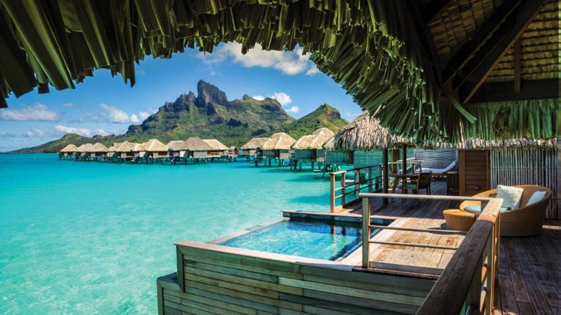 22 Pictures of the Best Overwater Bungalows Resort in Bora Bora-4