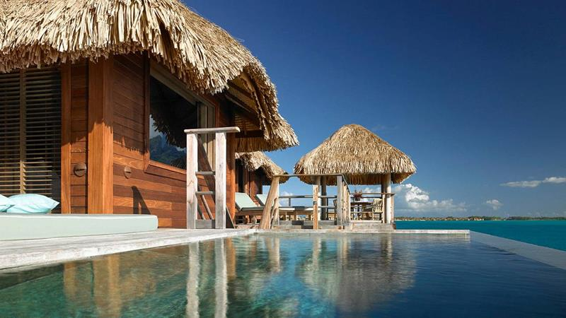 22 Pictures of the Best Overwater Bungalows Resort in Bora Bora-8