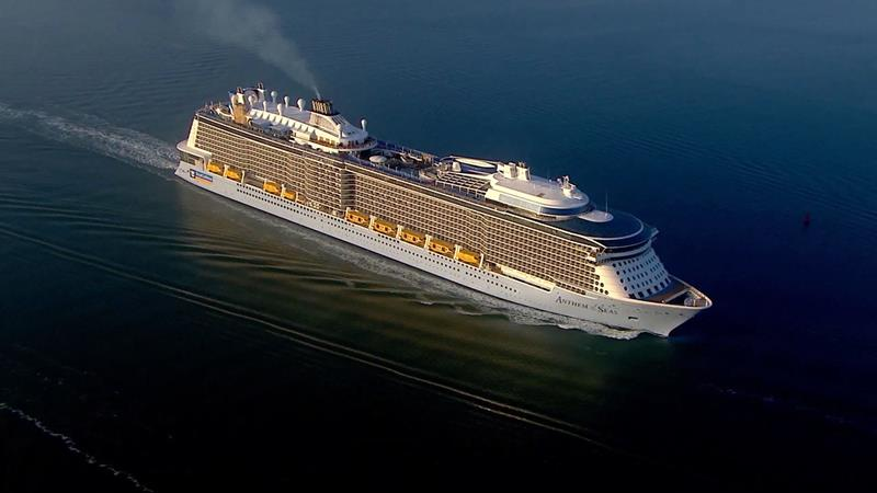 25 Pictures of Royal Caribbeans Newest Ship Anthem of the Seas-title