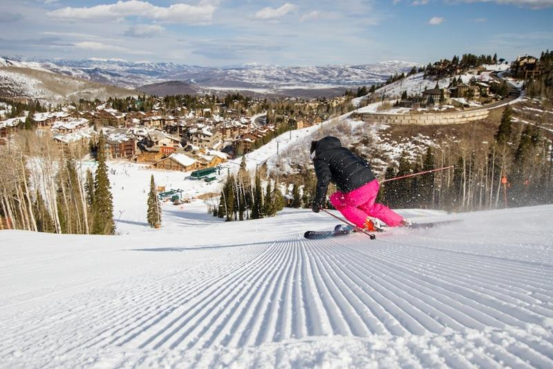 15 Pictures of the New Largest Ski Resort in the United States-8