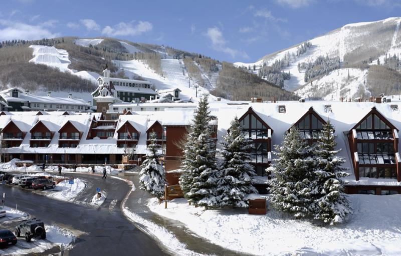 15 Pictures of the New Largest Ski Resort in the United States-9