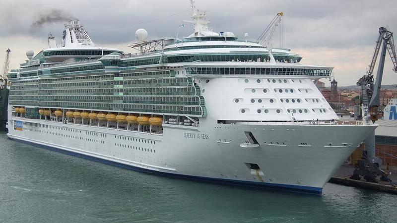 21 Stunning Photos of the Liberty of the Seas-1