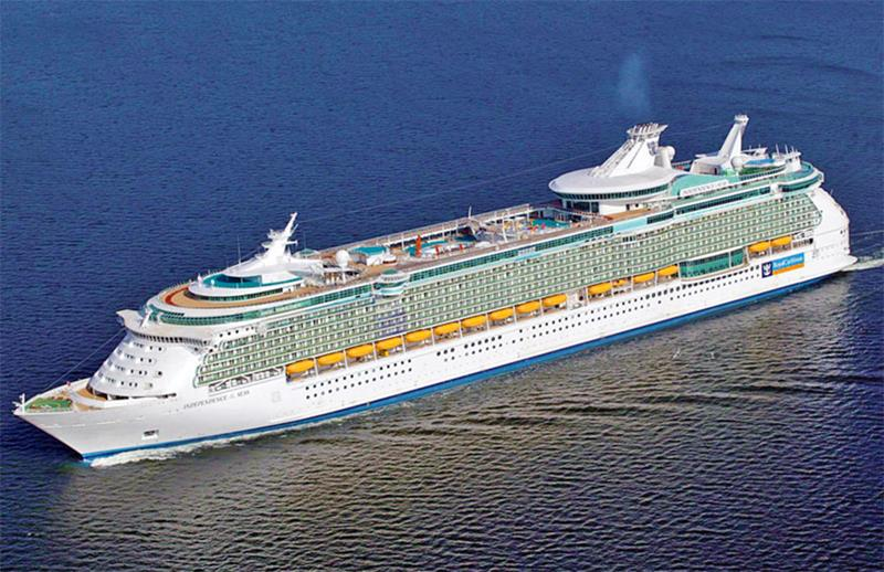 22 Amazing Pictures of the Independence of the Seas-1