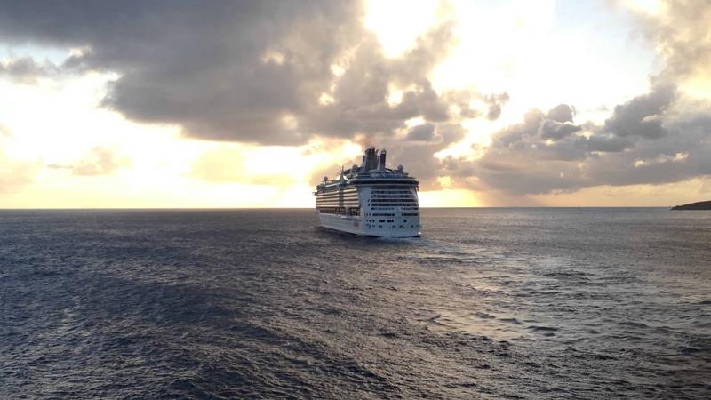 22 Amazing Pictures of the Independence of the Seas-22