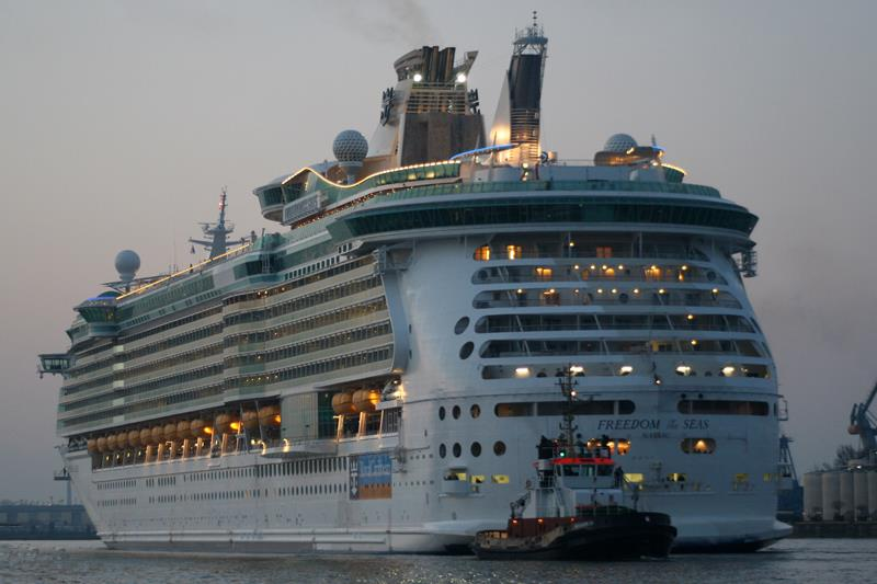23 Jaw Dropping Pictures of the Freedom of the Seas-1
