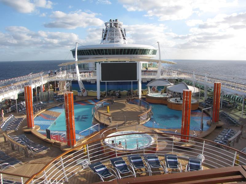 23 Jaw Dropping Pictures of the Freedom of the Seas-12