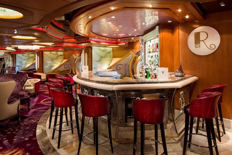 R Bar - Deck 4 Midship Navigator of the Seas - Royal Caribbean International