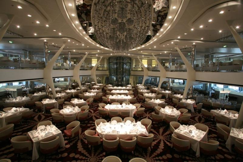 22 Pictures of the Amazing Celebrity Equinox-17