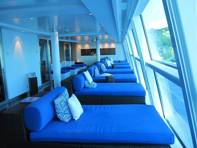 22 Pictures of the Amazing Celebrity Equinox-8