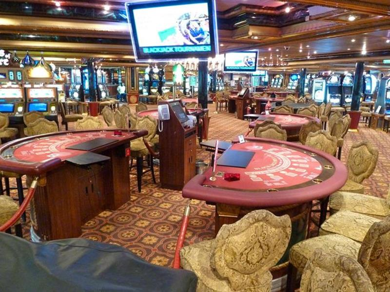 23 Photos of the Carnival Liberty-19
