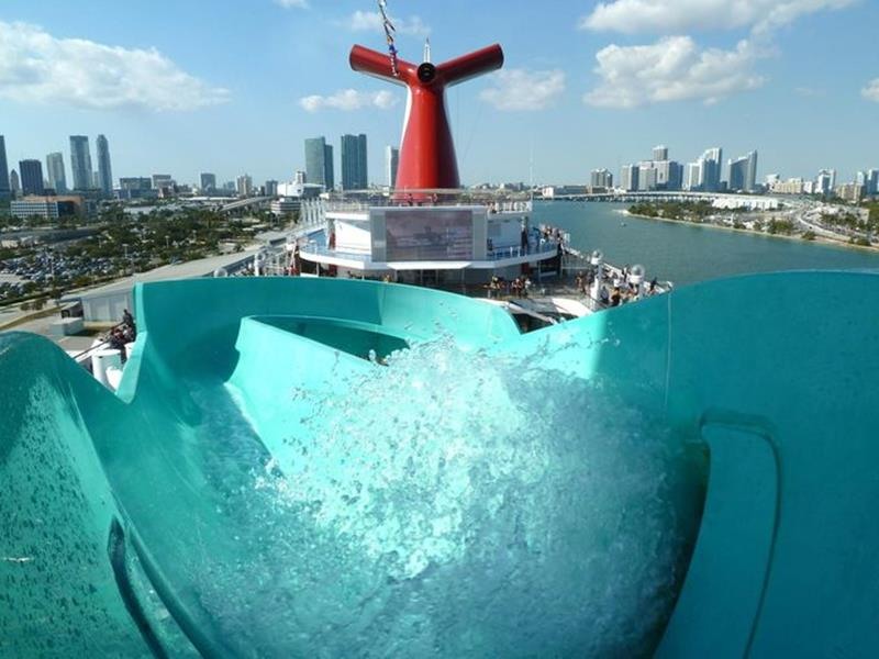 23 Photos of the Carnival Liberty-2