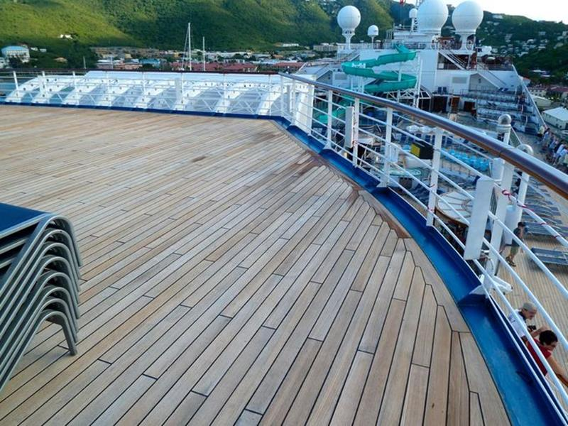 23 Photos of the Carnival Liberty-5