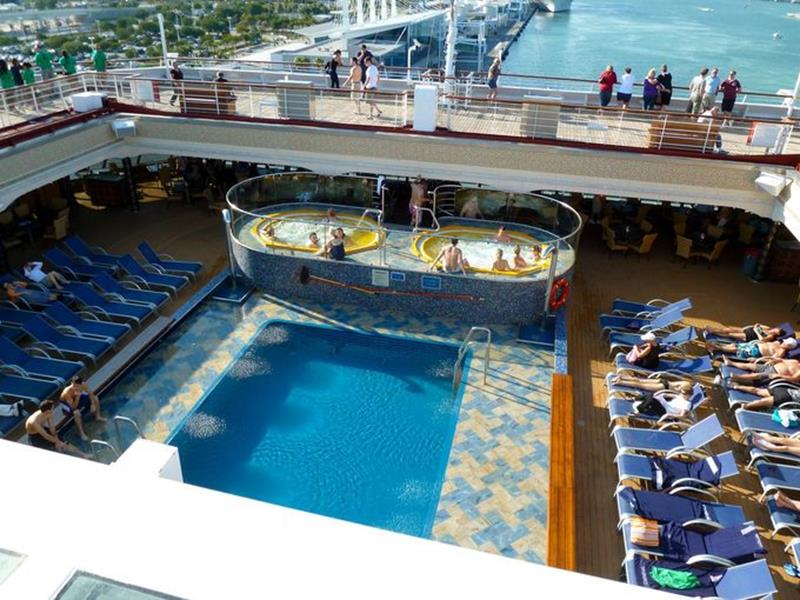 23 Photos of the Carnival Liberty-7