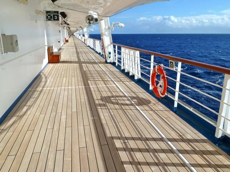 23 Photos of the Carnival Liberty-9