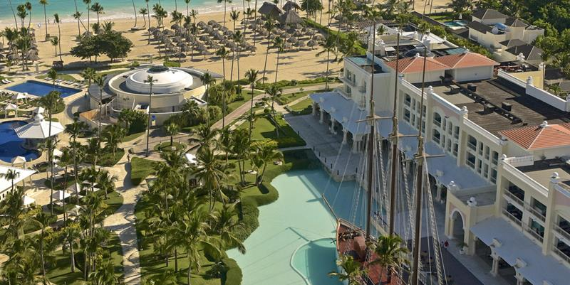 24 Pictures of the Wonderful Iberostar Grand Hotel Bavaro in Punta Cana-24
