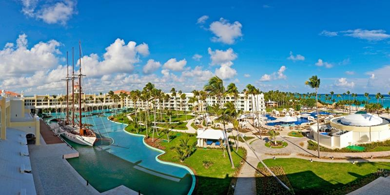24 Pictures of the Wonderful Iberostar Grand Hotel Bavaro in Punta Cana-3