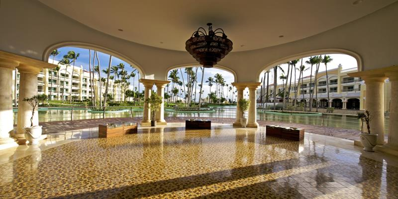 24 Pictures of the Wonderful Iberostar Grand Hotel Bavaro in Punta Cana-5