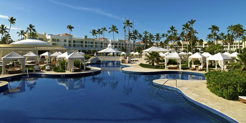 24 Pictures of the Wonderful Iberostar Grand Hotel Bavaro in Punta Cana-8