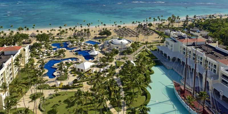 24 Pictures of the Wonderful Iberostar Grand Hotel Bavaro in Punta Cana-title