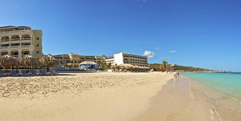 25 Photos of the Beautiful Iberostar Grand Hotel Rose Hall-11