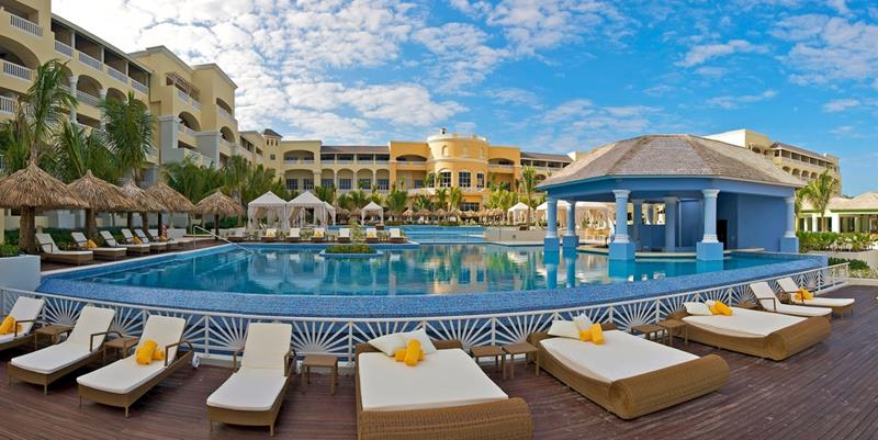 25 Photos of the Beautiful Iberostar Grand Hotel Rose Hall-8