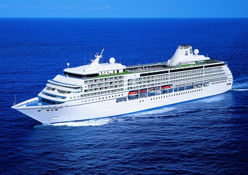 The 10 Best Luxury Cruise Ships-8