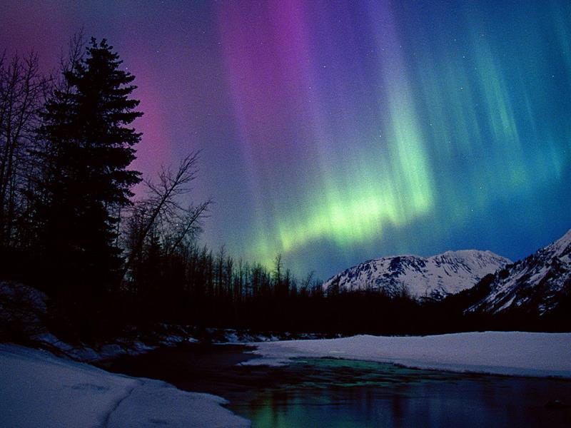 northern-lights-alaska-title