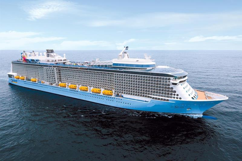 20 Pictures of Royal Caribbeans New Billion Dollar Cruise Ship-title