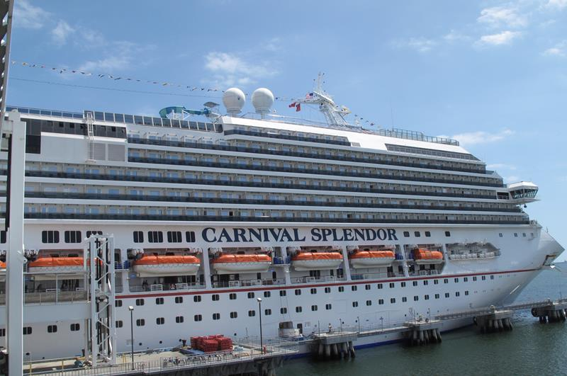 21 Pictures of the Beautiful Carnival Splendor Cruise Ship-1