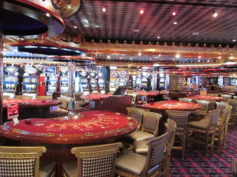 21 Pictures of the Beautiful Carnival Splendor Cruise Ship-13