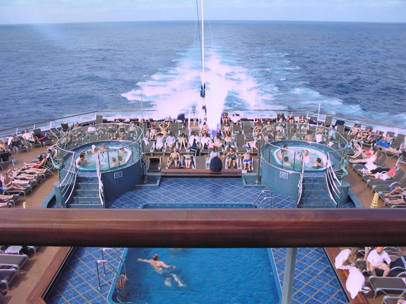 21 Pictures of the Beautiful Carnival Splendor Cruise Ship-4