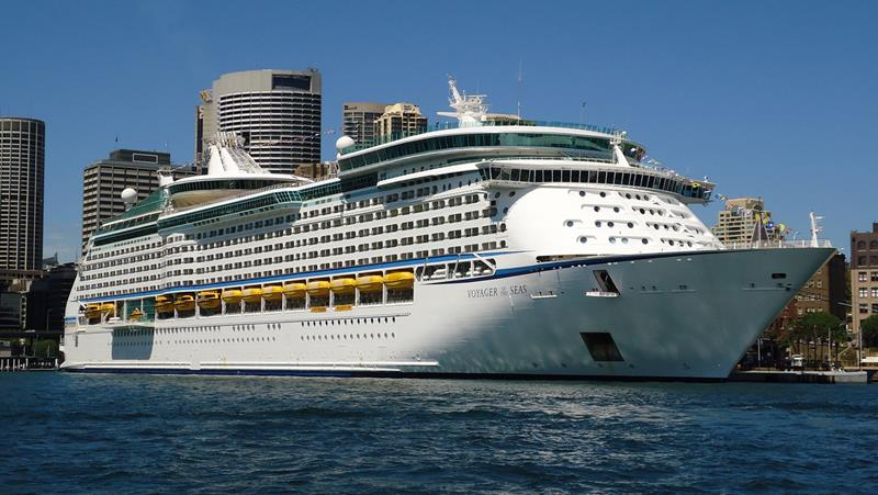 25 Pictures of the Royal Caribbean Voyager of the Seas-1