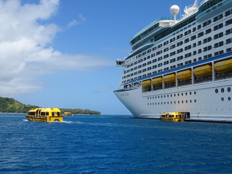 25 Pictures of the Royal Caribbean Voyager of the Seas-25