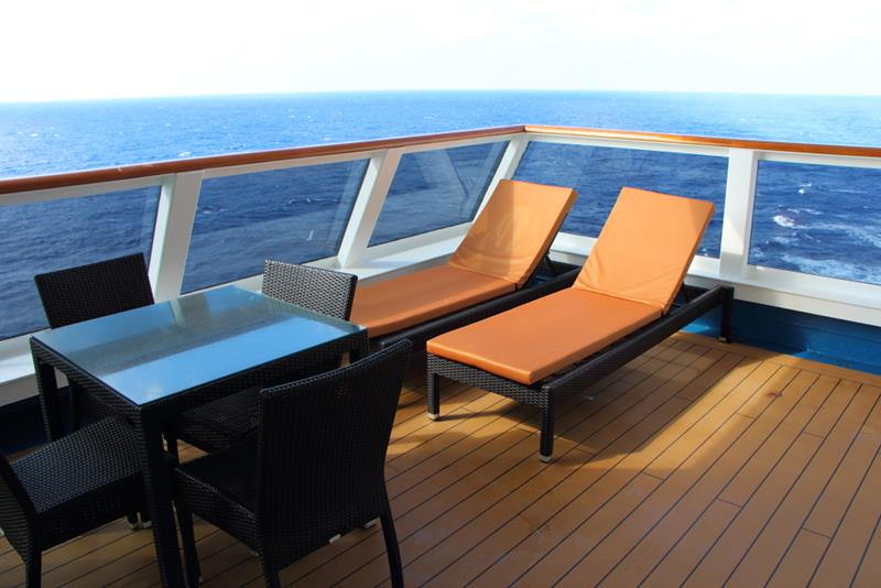 23 Pictures of the Newly Renovated Carnival Valor-21