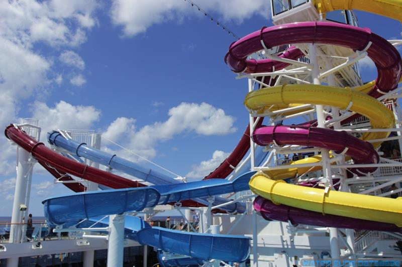 The 6 Best Cruise Ship Water Parks-6b