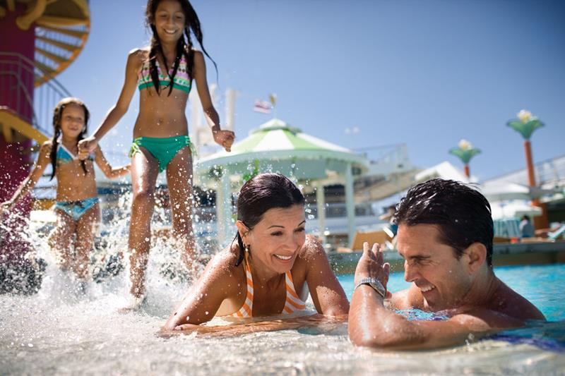 The 6 Best Cruise Ship Water Parks-title