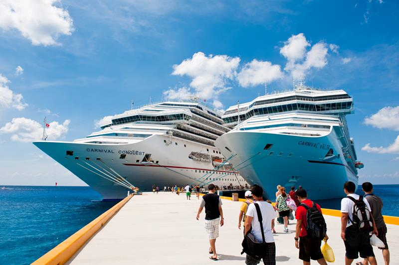 10 Things That Will Get You Kicked Off a Cruise Ship-2