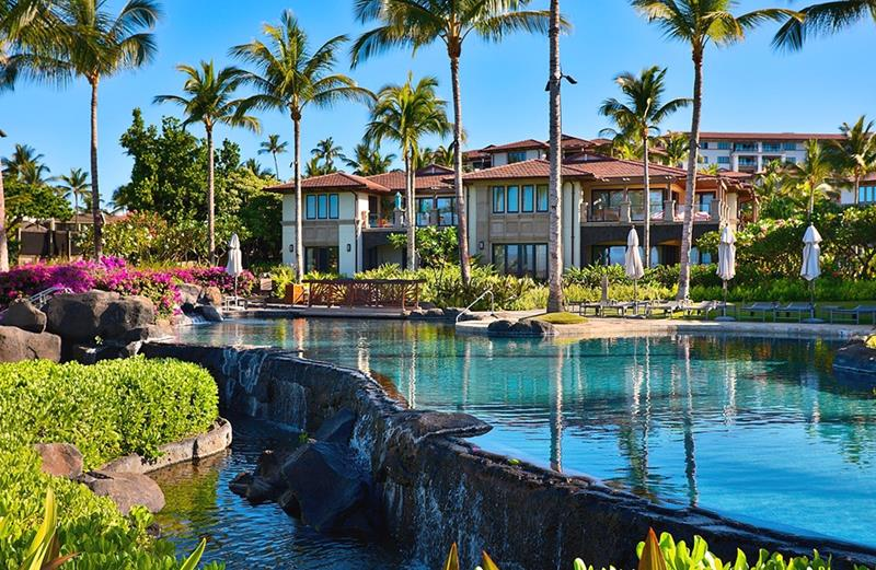 15 Best Hawaii Resorts-11
