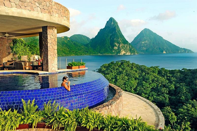 15 Hotels You Need to Stay in Before You Die-6