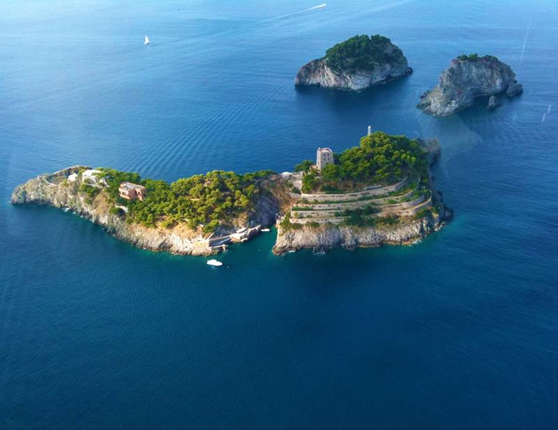 10-incredible-private-islands-that-you-can-rent-9