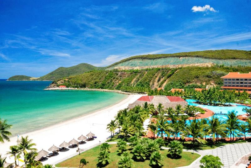Some Exotic Rainforests And Of The Most Beautiful Stretches Sand In World Vietnam Has It All When Comes To Luxurious Beach Vacation